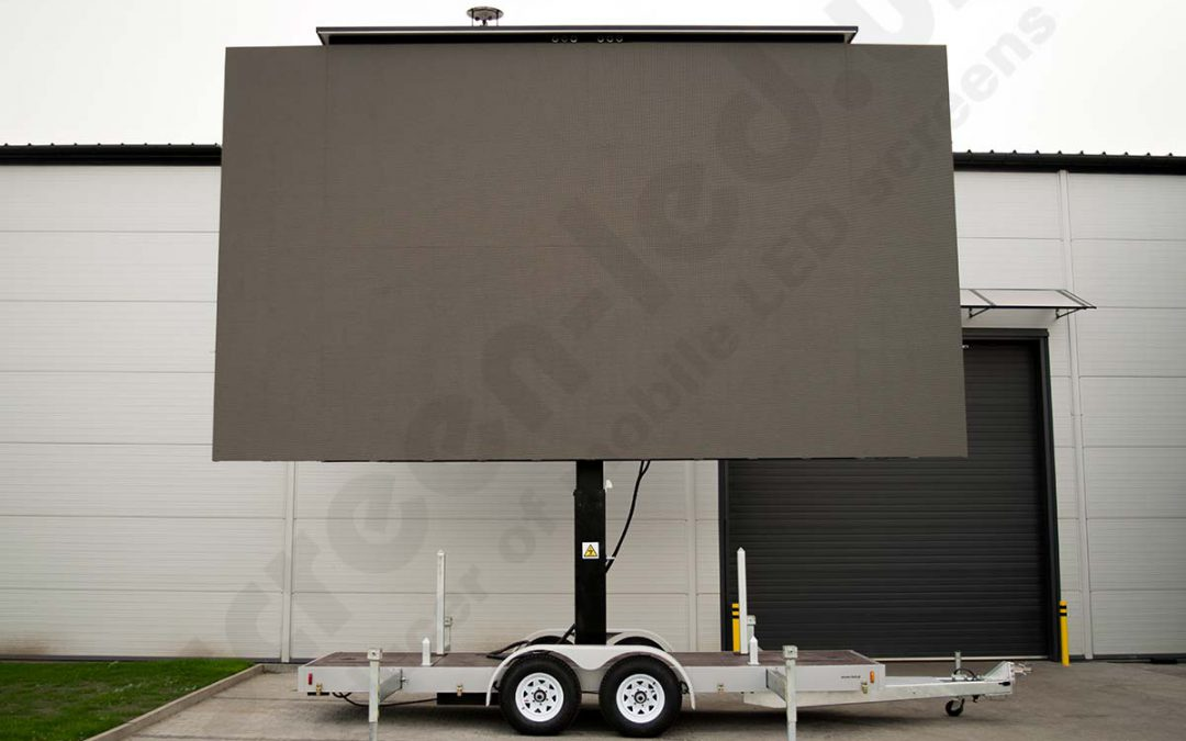 Why to choose LED screen trailers?